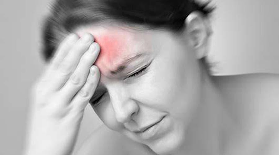 cefalea o dolor de cabeza tensional automasaje y ejercicio de respiración