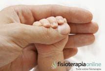 Los reflejos primitivos del recién nacido (o los trucos de tu hijo que enseñarás a los amigos)