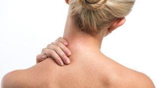 Automasajes y movilizaciones para tratar el dolor causado por la Protrusión discal cervical