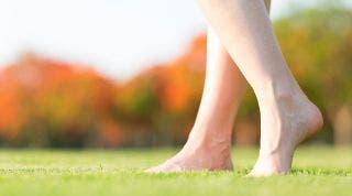 El pie del hombre moderno. De cómo nuestro estilo de vida deforma nuestros pies.