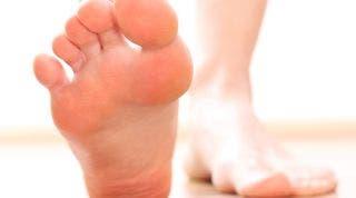 El pie, su estructura, sus arcos y los tipos de pies según estos arcos