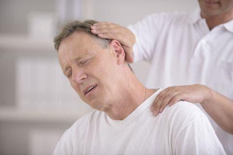 estiramientos de cuello, nuca y cervicales
