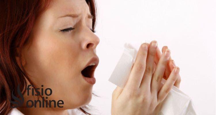 ¿Cómo estornudar sin hacerte daño en la espalda?
