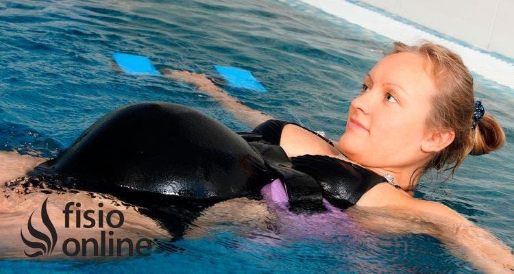Reduce los dolores del embarazo con ejercicios en piscina para embarazas