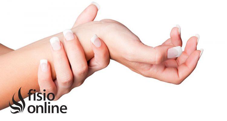 Muñeca la mano la sobre dolor en