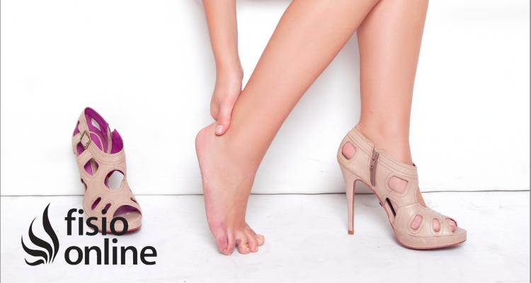 ¿Usas tacones? Por lo menos cuídate un poco los pies...