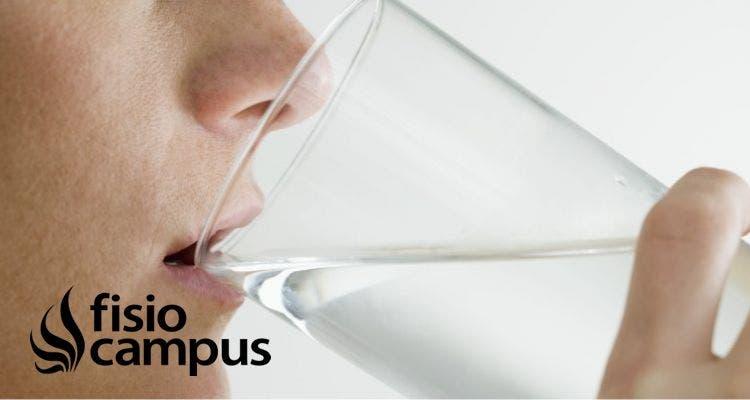 El agua ¿principal ayuda contra el dolor?