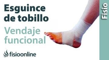 Vendaje funcional para esguince de tobillo.