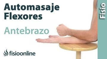 Auto-masaje para la musculatura flexora del antebrazo.