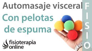 Auto-masaje visceral con pelota de espuma