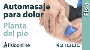 Auto-masaje para aliviar el dolor de la planta del pie y del talón