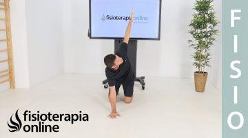 Ejercicio de movilidad dorsal en suelo