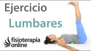 Flexibilización de las lumbares y espalda con rodillo de espuma.